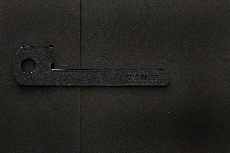 valflor_file02.jpg
